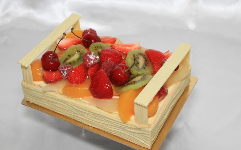 Gâteau cagette aux fruits