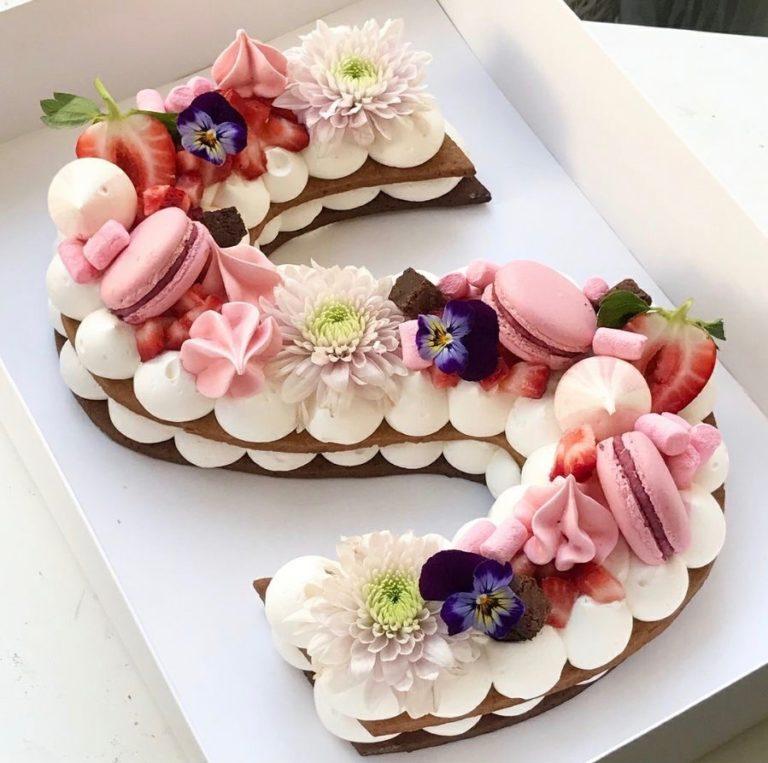 Nouveau!!!! Letter cake….ou numbercake